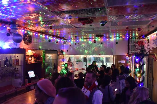 Tinsel The Christmas Bar Pops Up In Midtown Just In Time